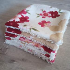 lelemescreas.com 5 LINGETTES DÉMAQUILLANTES ET PANIER imprimé fleurs liberty rose beige éponge Lélé mes Créas