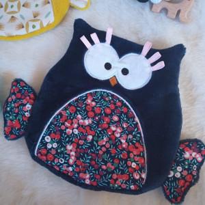 lelemescreas.com DOUDOU HIBOU plat coton marine rouge rose fleurs liberty et douillette bleu marine nuit Lélé mes Créas 1